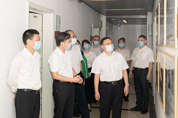 广东省国资委主任、党委书记李成带队莅临我院调研转企改制工作